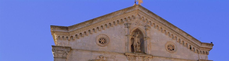 SANTUARIO DI SAN MICHELE ARCANGELO: LUOGO DI CULTO FIN DAL QUINTO SECOLO - THE SHRINE OF SAN MICHELE ARCANGELO: A PLACE OF WORSHIP SINCE THE FIFTH CENTURY
